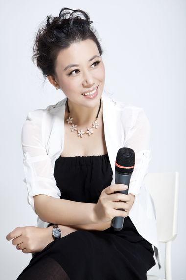 辛慧_频率主持人_大连广播电视台图片