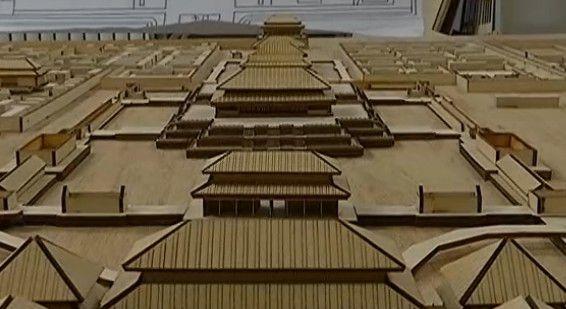 """他们把故宫""""搬""""到2平木板上"""