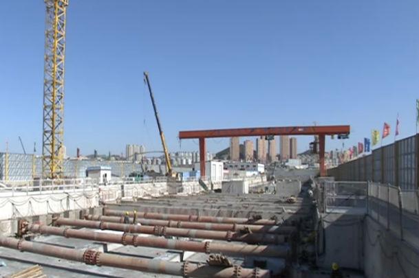 梭鱼湾站主体封顶 跨海大盾构即将始发