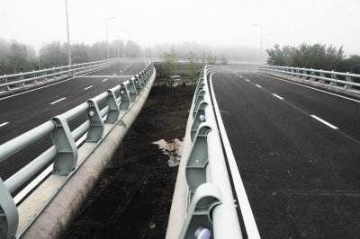 今年市区百条道路维修工程完工