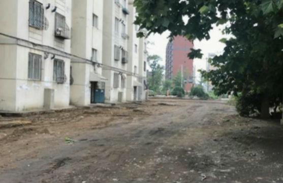 市内四区老旧住宅维修工程完工