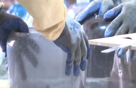 大连玻璃小镇让百年手工技艺焕发生机