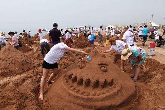大连国际沙滩文化节活动精彩纷呈