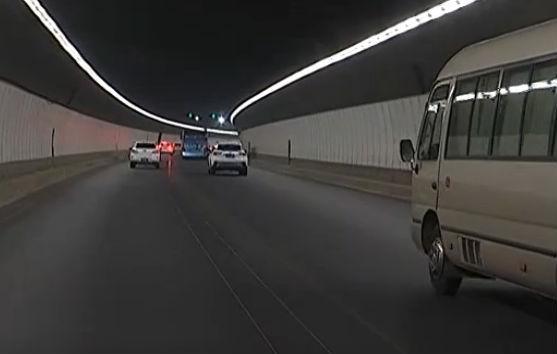 石门山隧道提前一周恢复通车