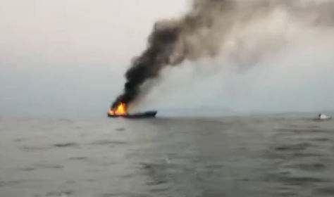 13人被困渔船 20分钟成功救援