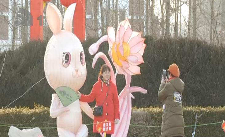 累计接待游客超10万人次 金石滩新春花灯会热度不减