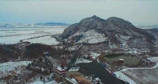 虎山長城詠雪