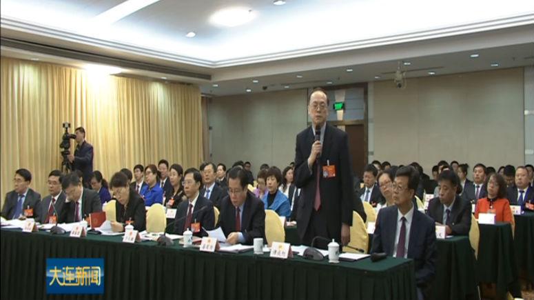 谭成旭在辽宁代表团媒体开放日答记者问