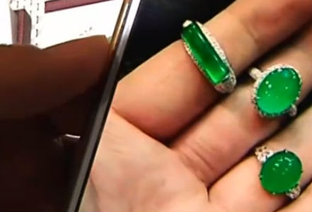 疏忽大意 十几万的翡翠戒指遗失