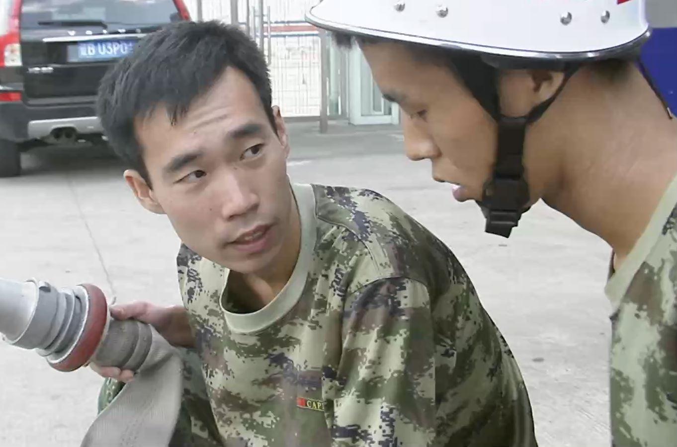 劳模风采——吴雨杭:为机场护航的消防尖兵