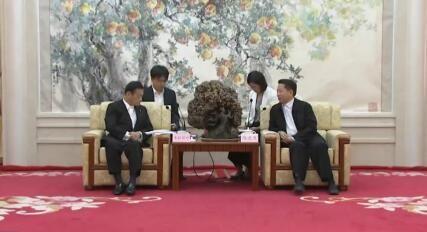 陈求发会见日本国会参议院对策委员会委员长